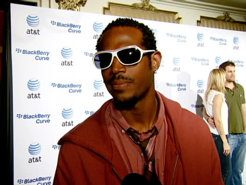 Marlon Wayans at the BlackBerry Curve from ATT US Launch Party at Beverly Hills California