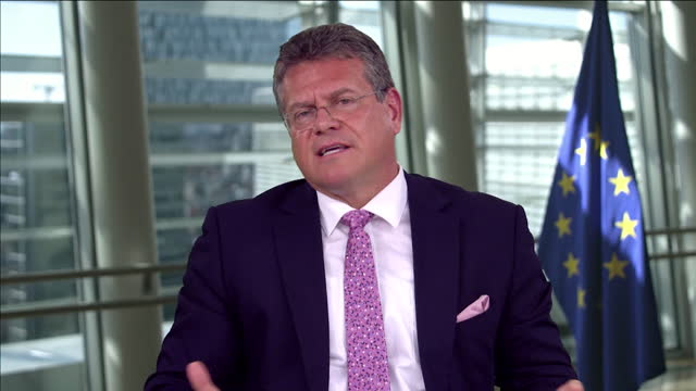 maros sefcovic saying the eu want to avoid a hard border in northern ireland - avoidance stock videos & royalty-free footage