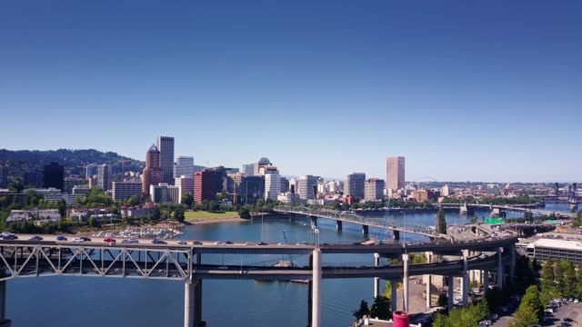 marquam bridge and downtown portland - aerial view - portland oregon stock videos & royalty-free footage
