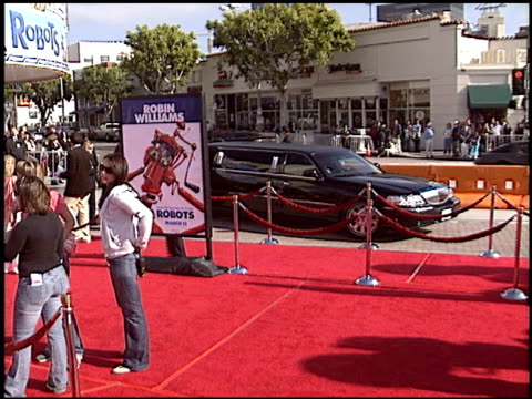 marquee at the 'Robots' Premiere on March 6 2005