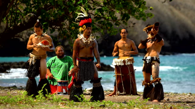 marquesas native dancers playing instruments performing nuku hiva - polynesian ethnicity stock videos and b-roll footage