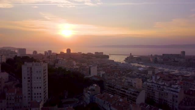 vidéos et rushes de marseille sunset - paysage urbain
