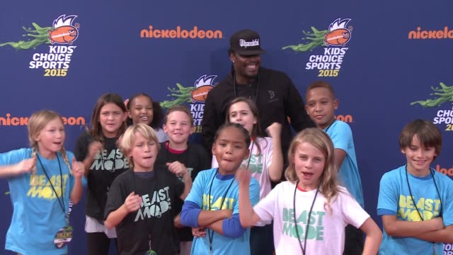 marshawn lynch at nickelodeon kids' choice sports awards 2015 at pauley pavilion on july 16, 2015 in los angeles, california. - nickelodeon stock videos & royalty-free footage