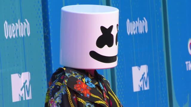 vídeos y material grabado en eventos de stock de marshmello at mtv europe music awards on november 04 2018 in bilbao spain - marshmello