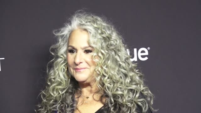 marta kauffman at the paley center for media los angeles 2019 panel presentation of 'grace and frankie' at the dolby theatre in hollywood at... - paley center for media los angeles stock videos & royalty-free footage