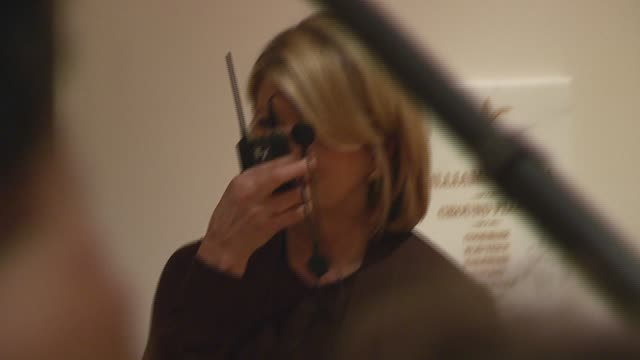 martha stewart at the book signing for 'martha stewart's homekeeping handbook' at williamssonoma store in new york new york on november 1 2006 - williams sonoma stock videos & royalty-free footage