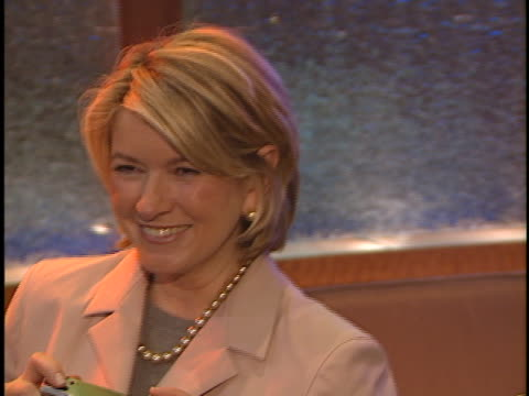 martha stewart at the natpe 2000 at new orleans in new orleans la - martha stewart stock videos & royalty-free footage