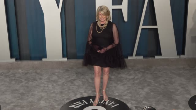 martha stewart at vanity fair oscar party at wallis annenberg center for the performing arts on february 09, 2020 in beverly hills, california. - martha stewart stock videos & royalty-free footage