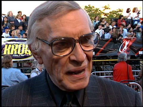 Martin Landau at the Premiere of 'The X Files Fight the Future' on June 11 1998