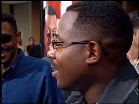 martin lawrence at the 'what's the worst that could happen?' premiere at leows' cineplex century plaza in century city, california on may 22, 2001. - century plaza stock videos & royalty-free footage