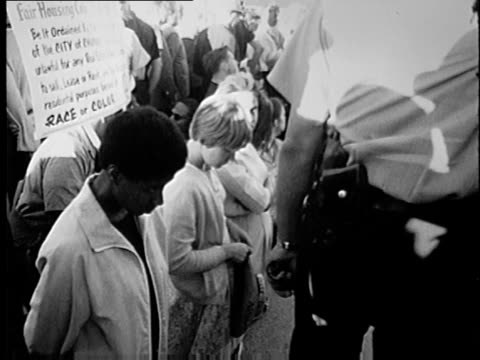 wgn martin luther king jr and other civil rights leaders led several marches and demonstrations in chicago during the summer of 1966 known as the... - housing difficulties stock videos & royalty-free footage