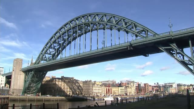 newcastle marks 50th anniversary of visit and speech newcastle ext tyne bridge - tyne bridge stock videos & royalty-free footage