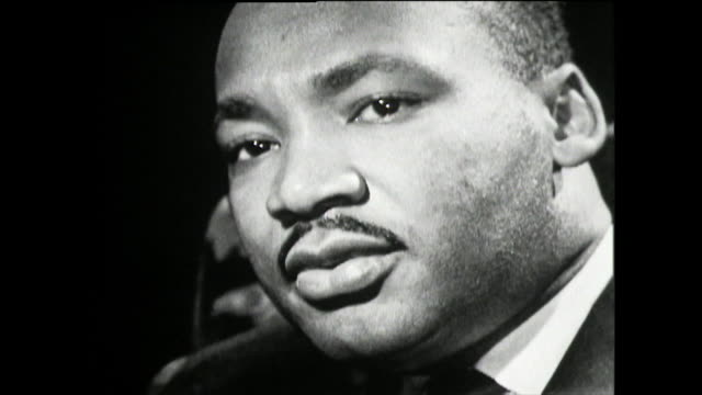martin luther king on his role as the leader of the us civil rights movement and his feelings of inadequacy; 1961. - アメリカ黒人の歴史点の映像素材/bロール