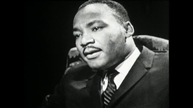 martin luther king recalls his first awareness and experience of racial discrimination and segregation as a six year old child from two white boys... - アメリカ黒人の歴史点の映像素材/bロール