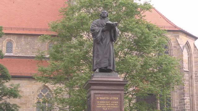 martin luther monument - christianity stock videos & royalty-free footage