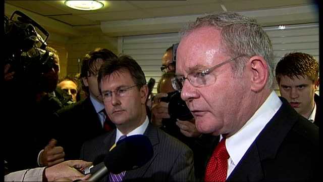 vídeos de stock, filmes e b-roll de photography * * martin mcguinness mla press conference sot we are absolutely outraged and disgusted at what has happened to these innocent people... - channel 4 news
