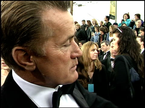 stockvideo's en b-roll-footage met martin sheen at the 2001 screen actors guild sag awards arrivals at the shrine auditorium in los angeles california on march 11 2001 - screen actors guild awards