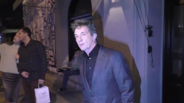 martin short outside craig's restaurant in west hollywood in celebrity sightings in los angeles, - マーティン ショート点の映像素材/bロール