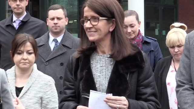 martina cox, wife of sean cox, and di paul speight of merseyside police read statements to the press after roma fan simone mastrelli was sentenced to... - 準決勝点の映像素材/bロール