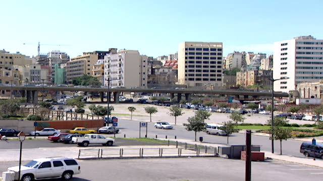 martyrs' square pan from fouad chehab avenue to the war ravaged dome city center which was the biggest cinema in lebanon in the late 1950s to the... - main road stock videos & royalty-free footage