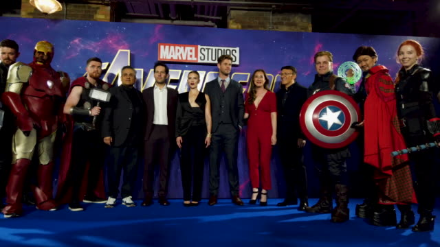 marvel fans join joe russo, paul rudd, scarlett johansson, chris hemsworth, trinh tran and anthony russo during the 'avengers endgame' uk fan event... - fan enthusiast stock videos & royalty-free footage