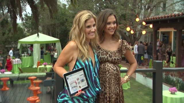 mary alice haney jessica alba at the lucky's september cover star jessica alba celebrates with lucky thisnextcom at pacific palisades ca - pacific palisades stock videos & royalty-free footage