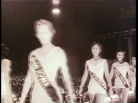 mary ann mobley wins the 1958 miss america pageant - 1958 stock videos & royalty-free footage