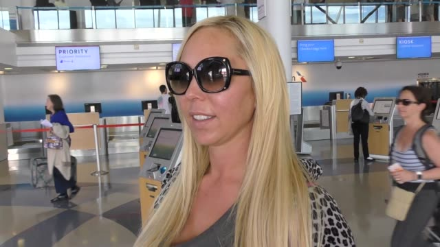 vídeos y material grabado en eventos de stock de interview mary carey talks about kim kardashian's new butt photos while departing at lax airport in los angeles in celebrity sightings in los angeles - mary carey