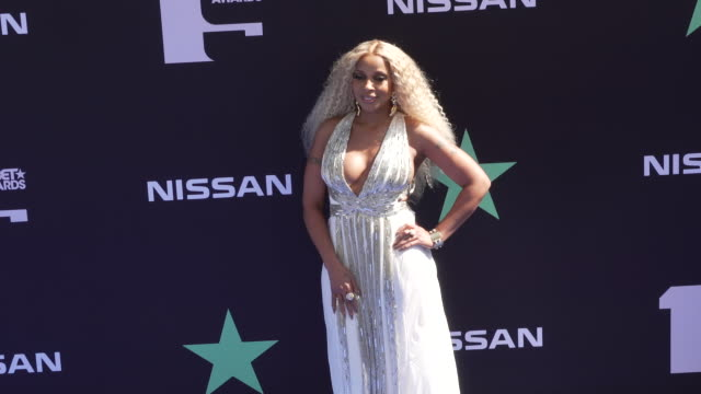 mary j blige at the 2019 bet awards at microsoft theater on june 23 2019 in los angeles california - black entertainment television stock videos & royalty-free footage