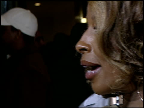mary j blige at the 'entourage' premiere at the cinerama dome at arclight cinemas in hollywood, california on april 5, 2007. - arclight cinemas hollywood stock videos & royalty-free footage
