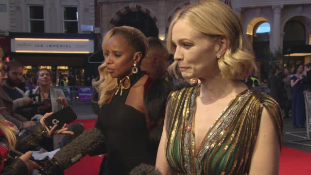 vídeos y material grabado en eventos de stock de mary j blige carey mulligan at 'mudbound' european premiere 61st bfi london film festival at odeon leicester square on october 5 2017 in london... - mary carey