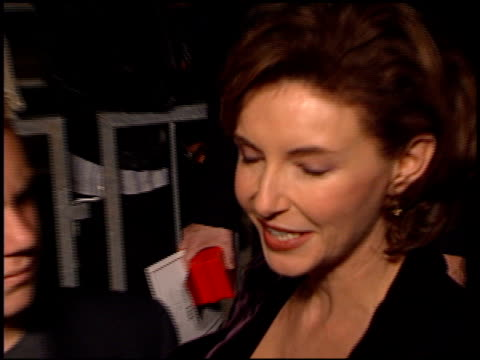 vídeos de stock, filmes e b-roll de mary steenburgen at the 'tomorrow never dies' premiere at dorothy chandler pavilion in los angeles, california on december 16, 1997. - série de filmes do james bond