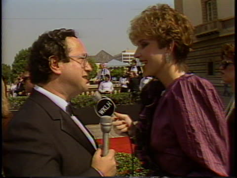 mary tyler moore at the emmys 1987 with stuart pankin at pasadena civic center. - 1987 stock videos & royalty-free footage