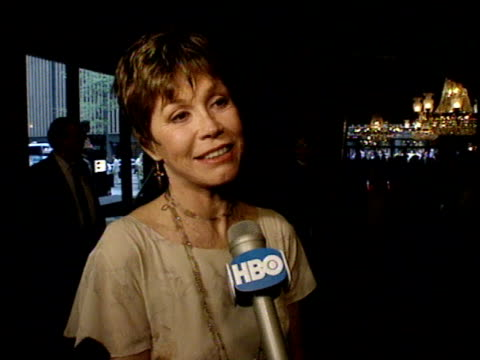 mary tyler moore talks to reporter about jack nicholson on red carpet. - jack nicholson stock videos & royalty-free footage