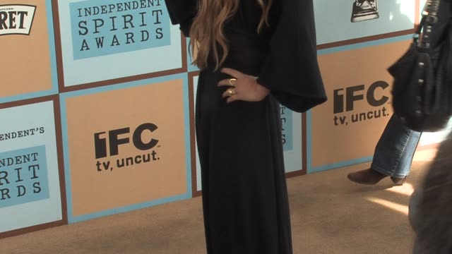 vídeos de stock, filmes e b-roll de marykate olsen at the the 21st annual ifp independent spirit awards in santa monica california on march 4 2006 - mary kate olsen