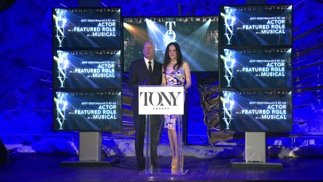 speech marylouise parker and bruce willis announce nominees for best actor in a featured role in a musical and best actress in a featured role in a... - bruce willis stock videos and b-roll footage