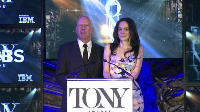 speech marylouise parker and bruce willis announce the hosts for tony awards will be kristin chenoweth and alan cumming at 2015 tony award... - bruce willis stock videos and b-roll footage