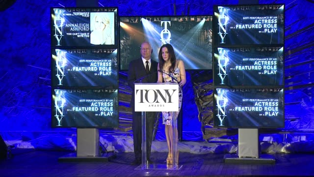 speech marylouise parker and bruce willis best actor in a featured role in a play and best actress in a featured role in a play at 2015 tony award... - bruce willis stock videos and b-roll footage