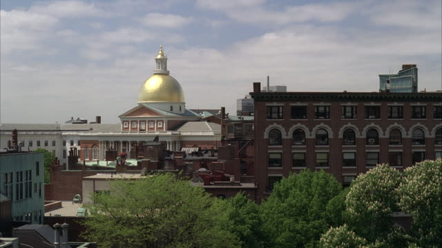 ms massachusetts building with golden dome / unspecified - 新古典派点の映像素材/bロール