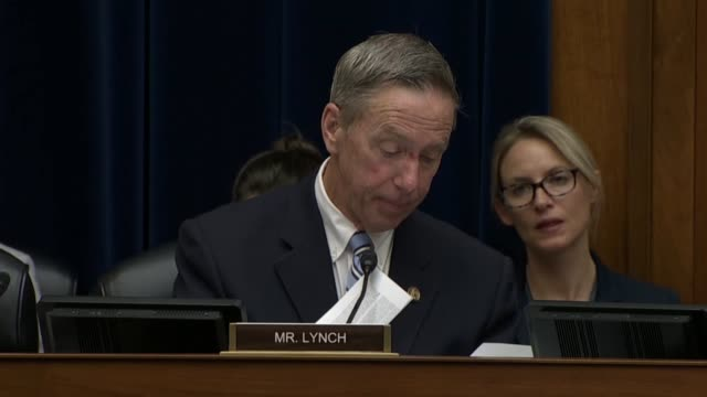 massachusetts congressman stephen lynch recounts for fbi director james comey passed data breaches of the state department, postal service employees... - sony stock-videos und b-roll-filmmaterial