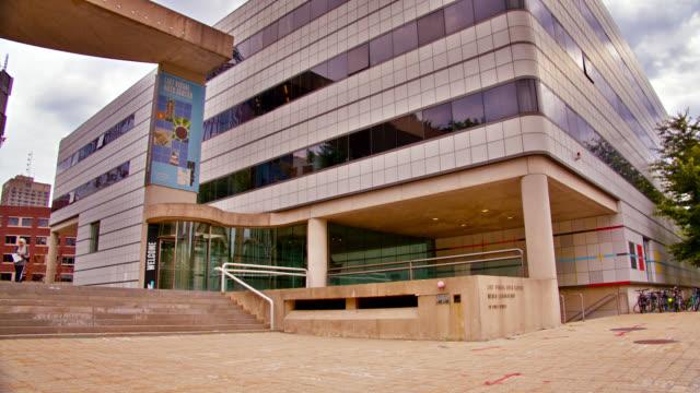 massachusetts institute of technology. list visual art center. - fönsterrad bildbanksvideor och videomaterial från bakom kulisserna