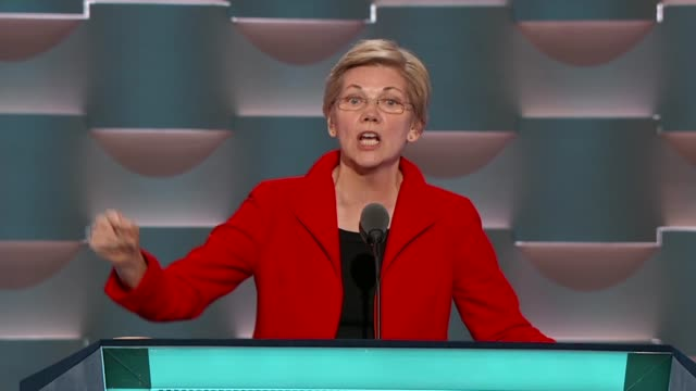 massachusetts senator elizabeth warren discusses america's beliefs such as climate change equal pay for women stronger rules for wall street and hold... - us präsidentschaftswahl stock-videos und b-roll-filmmaterial
