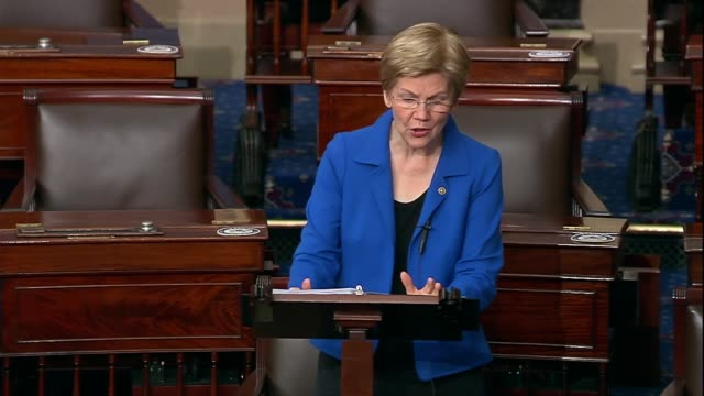 vidéos et rushes de massachusetts senator elizabeth warren says during a 30 hour floor debate before a confirmation vote for seventh circuit judge amy coney barrett to... - turning on or off