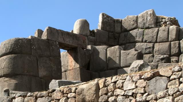 ms pan massive stone wall of inca fortress at sacsayhuaman / cuzco, peru - durability stock videos & royalty-free footage