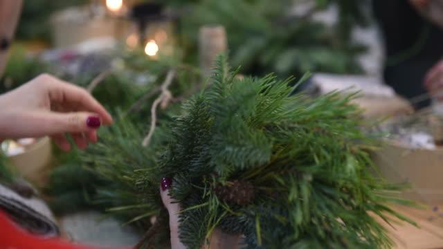 Master-class on making Christmas wreaths and Christmas