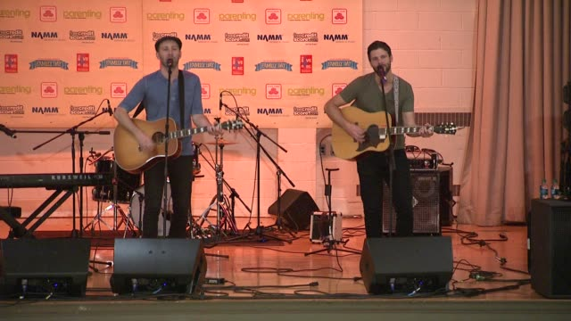 stockvideo's en b-roll-footage met mat kearney at the vh1 save the music foundation presents family day at new york ny - vh1