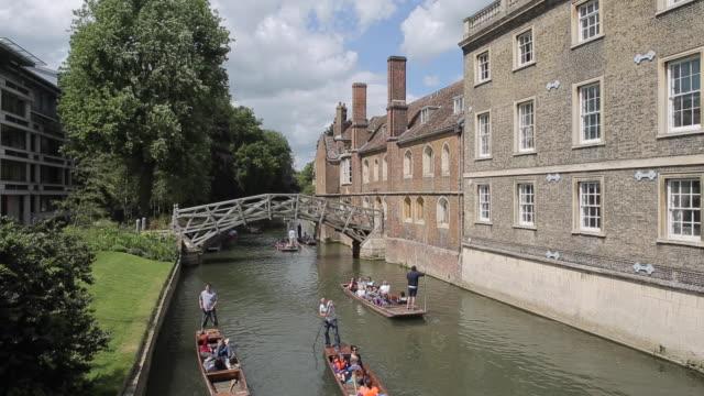 mathematical bridge & river cam, cambridge, cambridgeshire, england, uk, europe - cambridge university stock videos & royalty-free footage