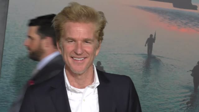 mathew modine at dolby theatre on march 08 2017 in hollywood california - キングコング 髑髏島の巨神点の映像素材/bロール
