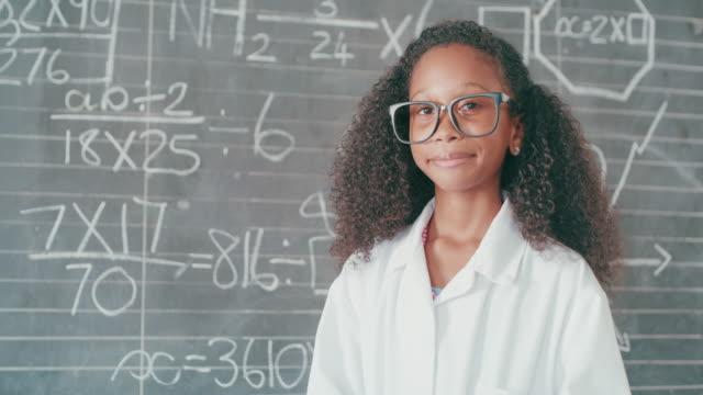 mathe ist mein lieblingsfach - trigonometrie stock-videos und b-roll-filmmaterial