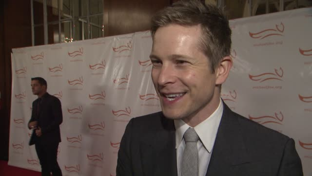 matt czuchry shares why he wanted to be in attendance he'sinspired by michael j fox in several ways especially after working with him on the good... - comfort food stock videos & royalty-free footage